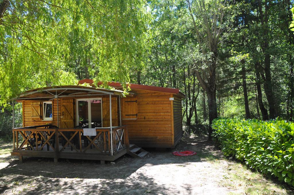 Dans quel camping louer un mobil-home à Nîmes ?